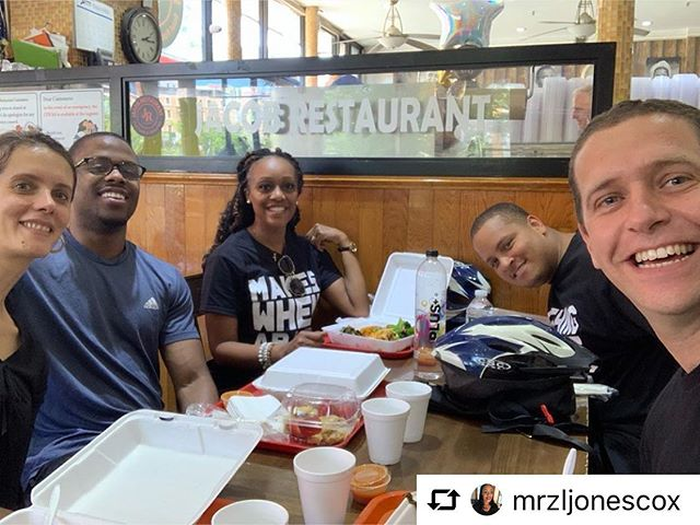 Repost from @mrzljonescox Group pic of bike crew at #jacobsrestaurant a great way to end our #BikeTour of #Harlem @ibikeharlem shout-out to our guides Jamal and Andy !!! Learned a lot of great things today even got to see Hamilton lol #nyc #blessed #livingourbestlives #travelgram #jacobsoulfood #soulfood #explorenyc #goodeats #goodeatsnyc #foodforthesoul #travel #marriedlife