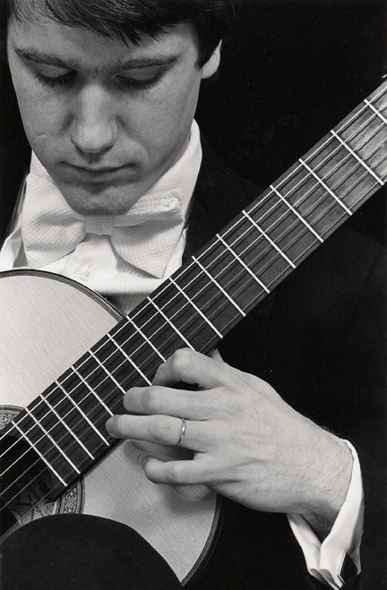 humphrey-guitar.jpg