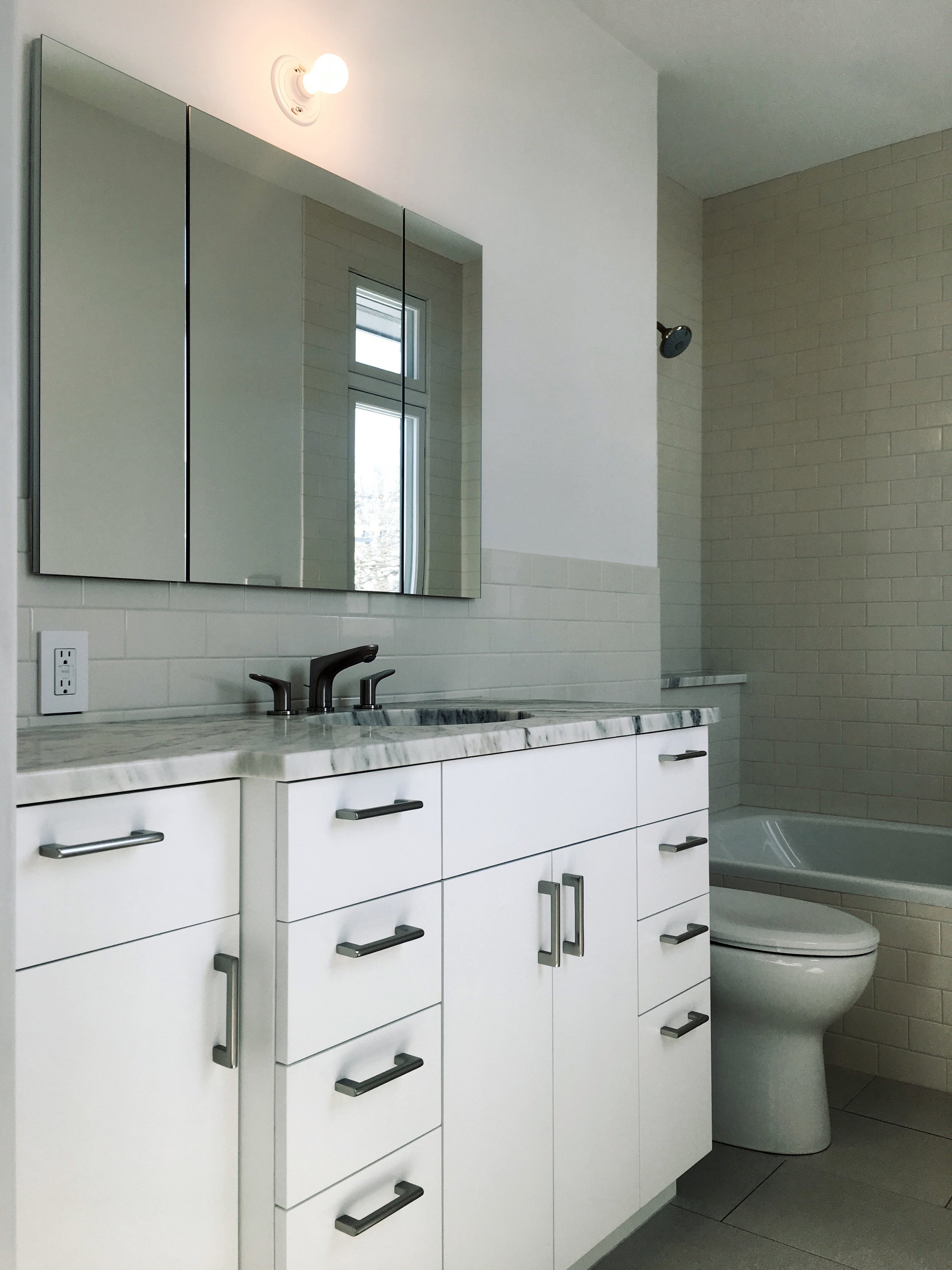 1203 - BATHROOM 2.jpg