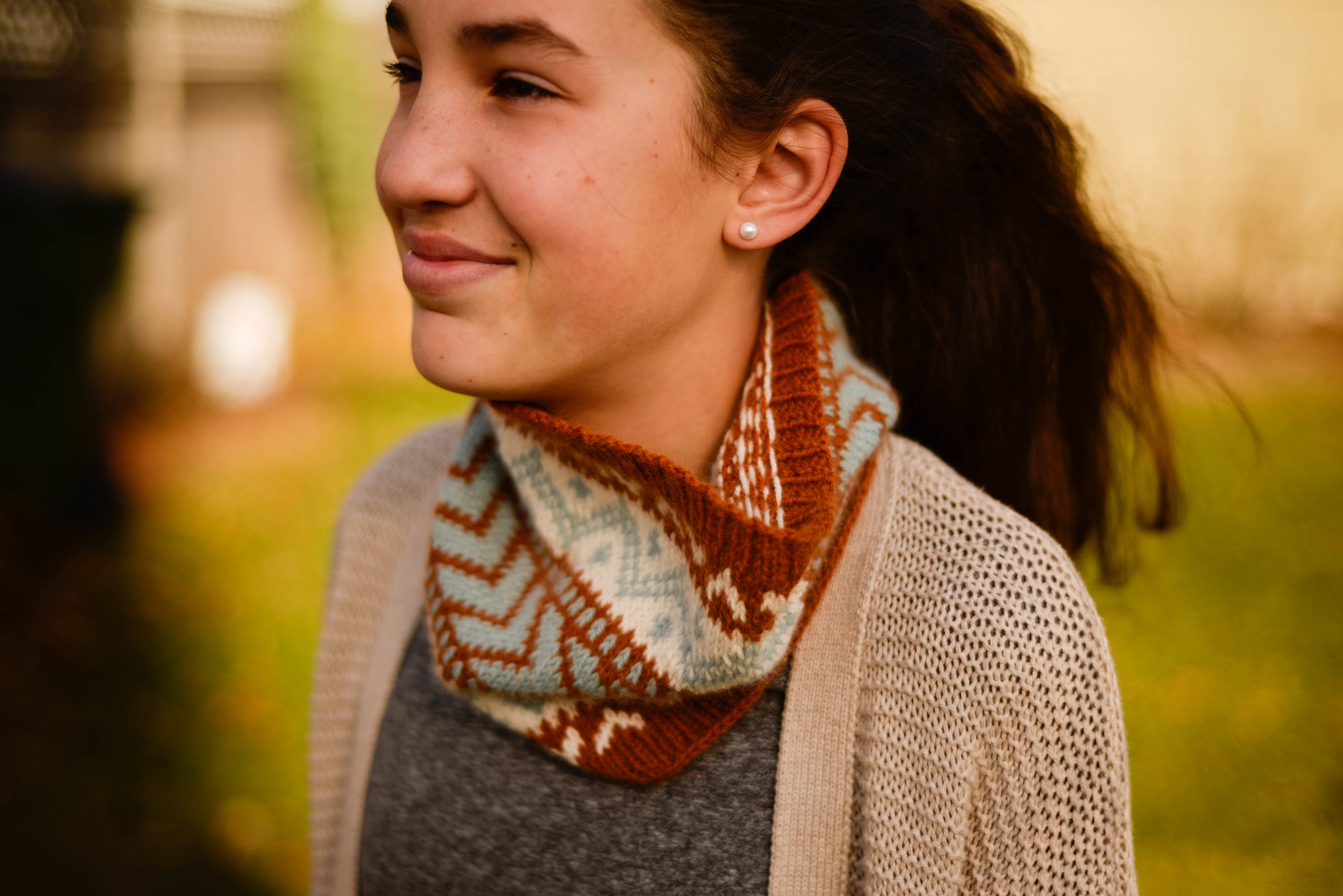 Stravaigin, a colorwork cowl that is simple and quick to knit. Click on the image to purchase the pattern.