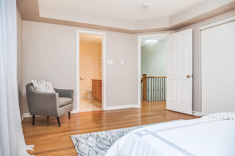 928 Ormond Dr Oshawa ON L1K-large-034-37-Master Bedroom-1500x1000-72dpi.jpg