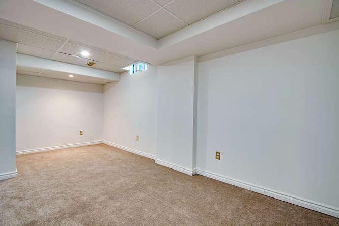 10 Bassett Blvd TH212 Whitby-small-048-42-Recreation Room-666x444-72dpi.jpg