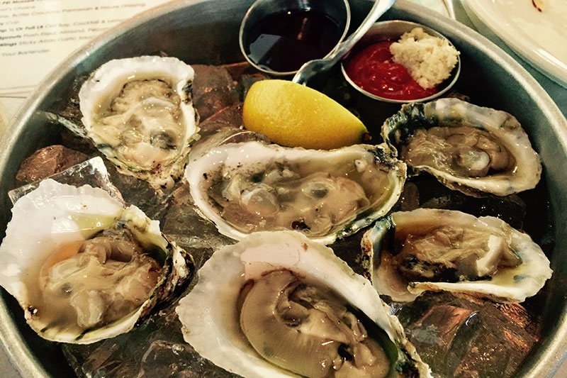 OYSTERS AT FISH ON IN LEWES//COURTESY OF PAM GEORGE