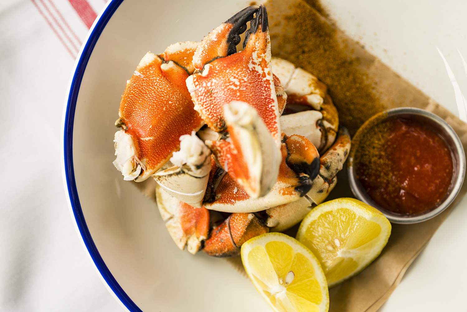 CHILLED CRAB CLAWS