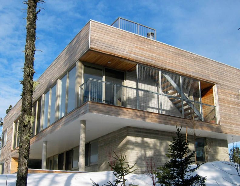 DEEP ROCK HOUSE - LUNENBURG COUNTY, NS