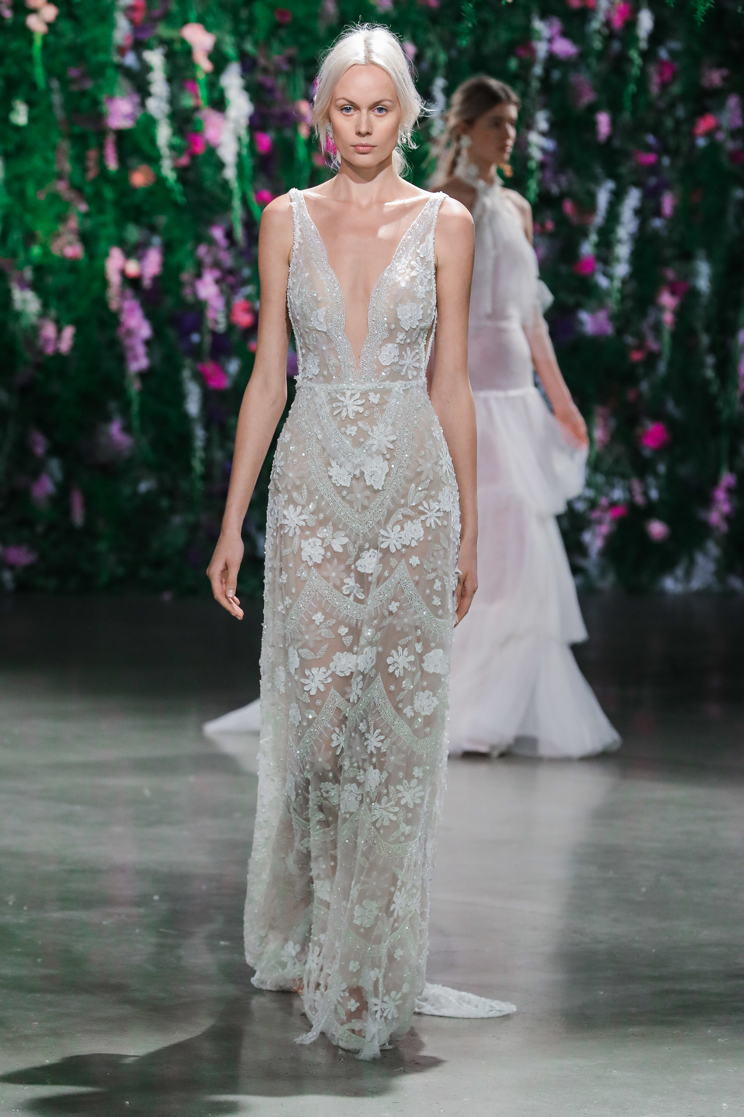 deep-v-neck-wedding-dress-seattle