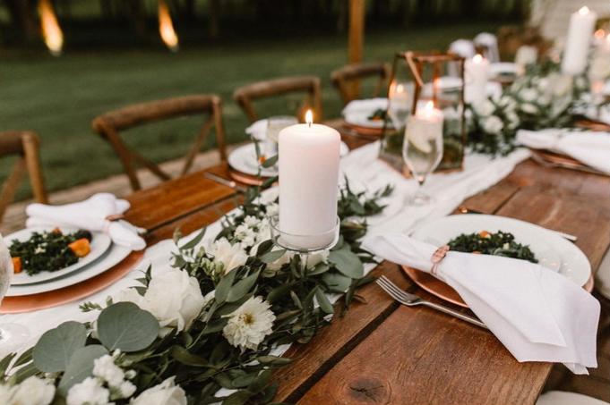 all-white-wedding-details-decor.jpg