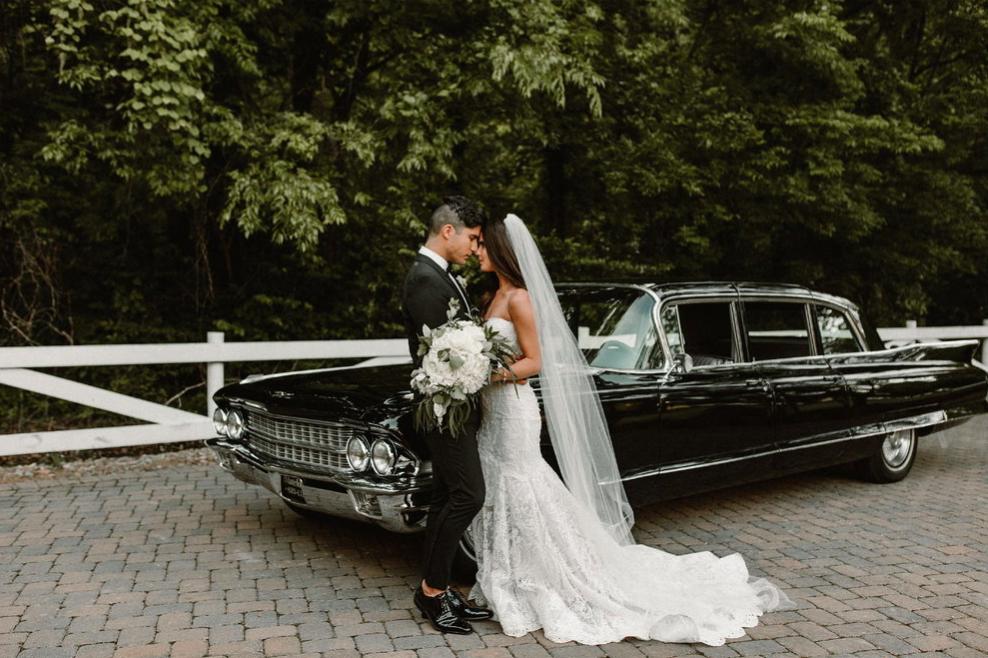 nashville-wedding-getaway-exit-classic-car.jpg