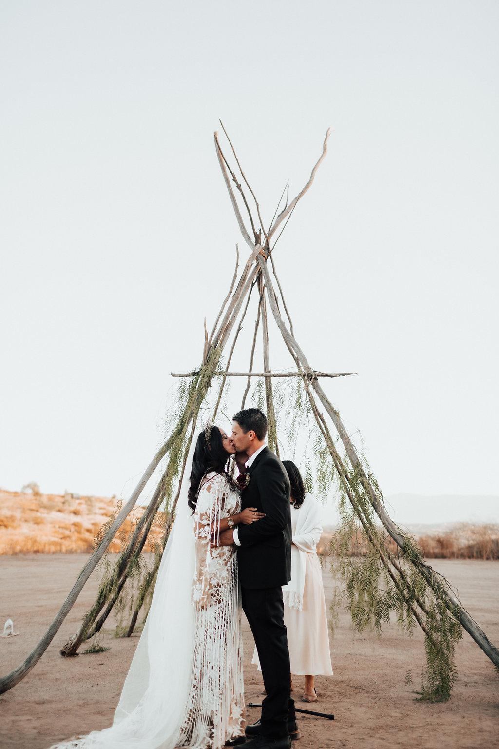 boho-bridal-shop-wedding-dress-nashville.jpg