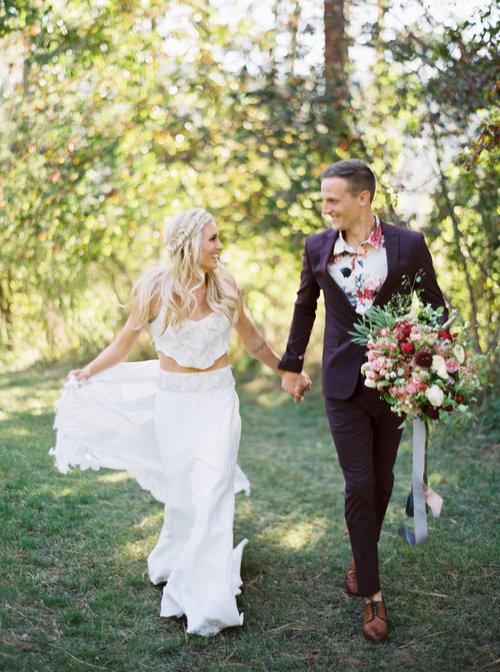 seattle-timeless-bohemian-elegent-wedding-dress.jpg