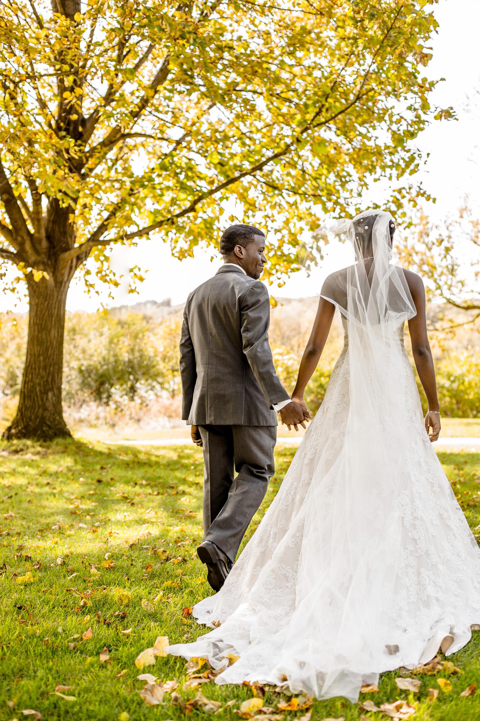 twin cities mn wedding photographer.JPG