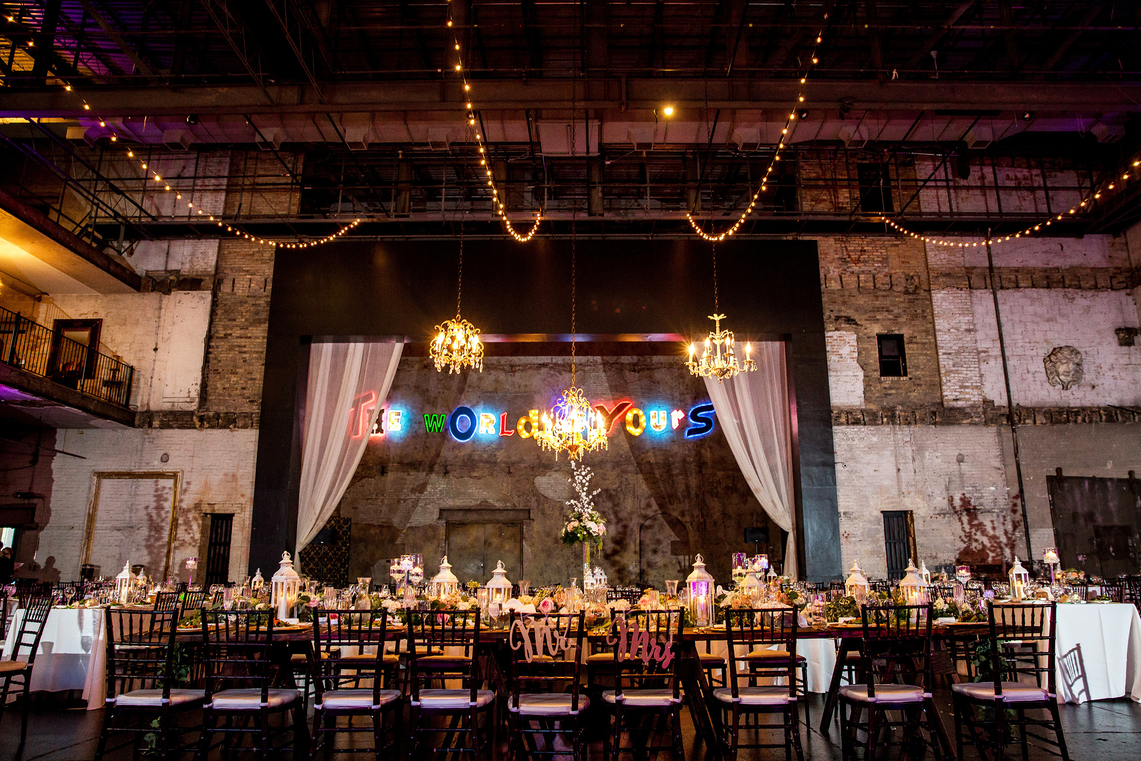 mpls aria venue wedding.jpg