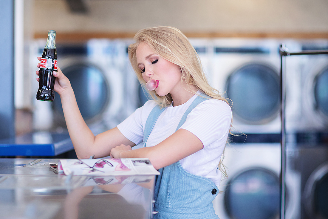laundromat senior photos laundromat editorial christina ramirez photography