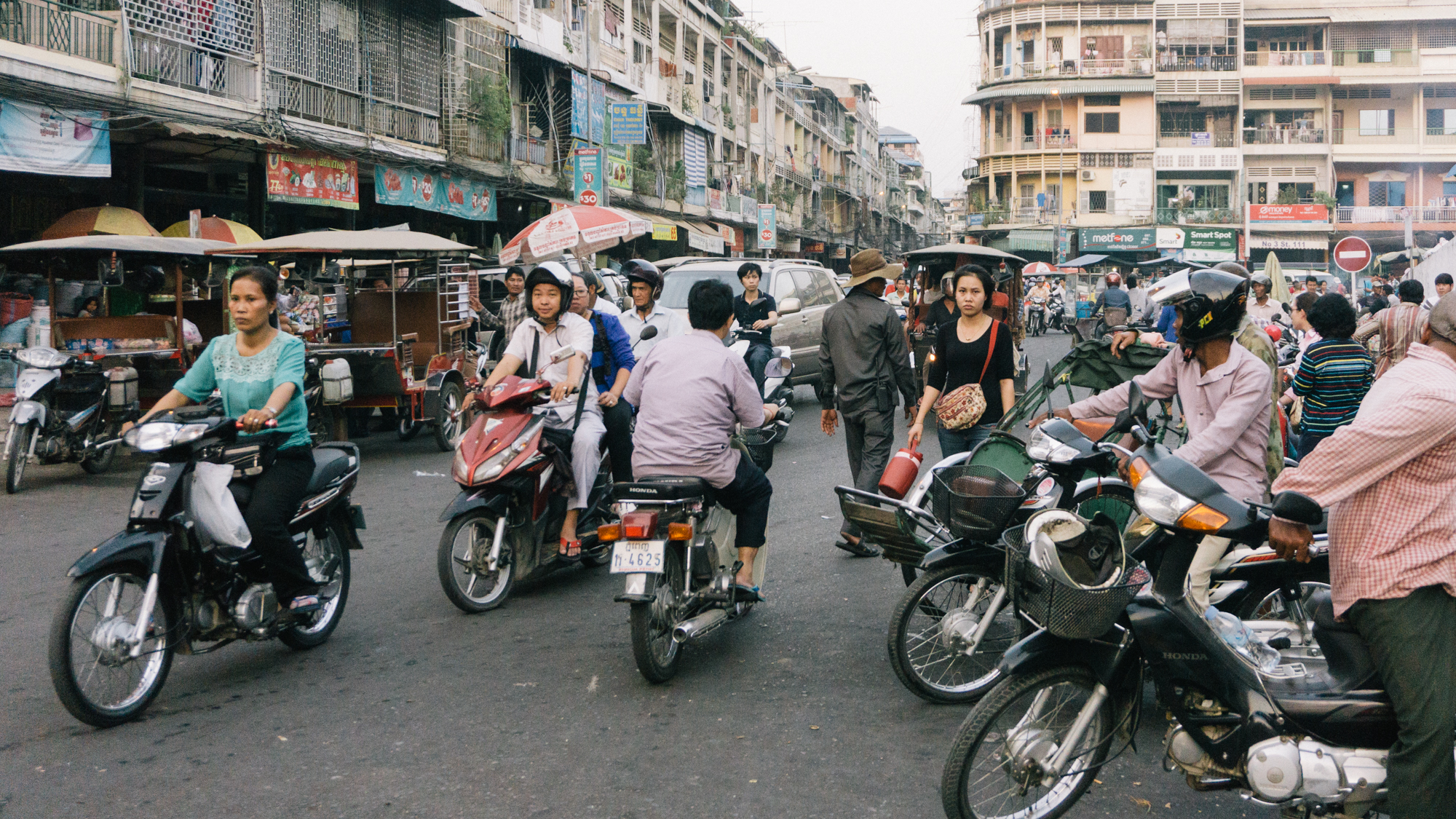 Cambodia_WEB_Preview-32.jpg