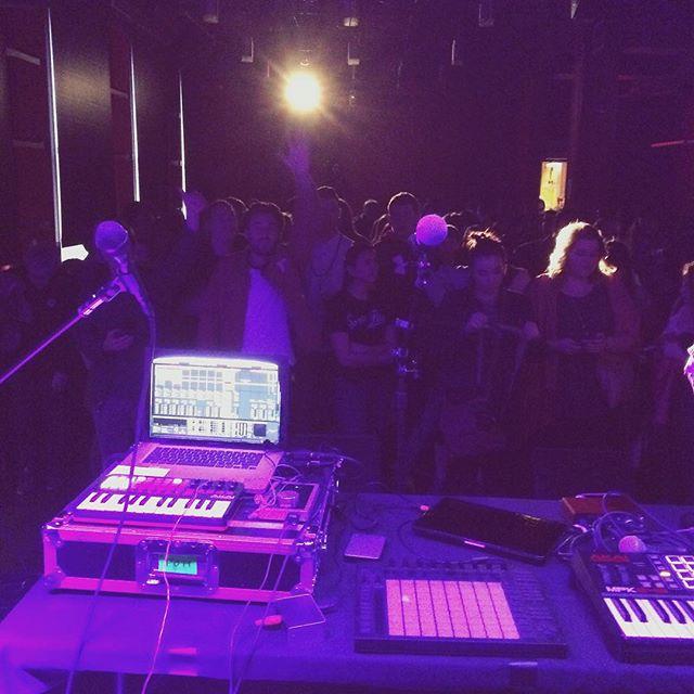 Last nights setup...it was lit! #ableton #redroom