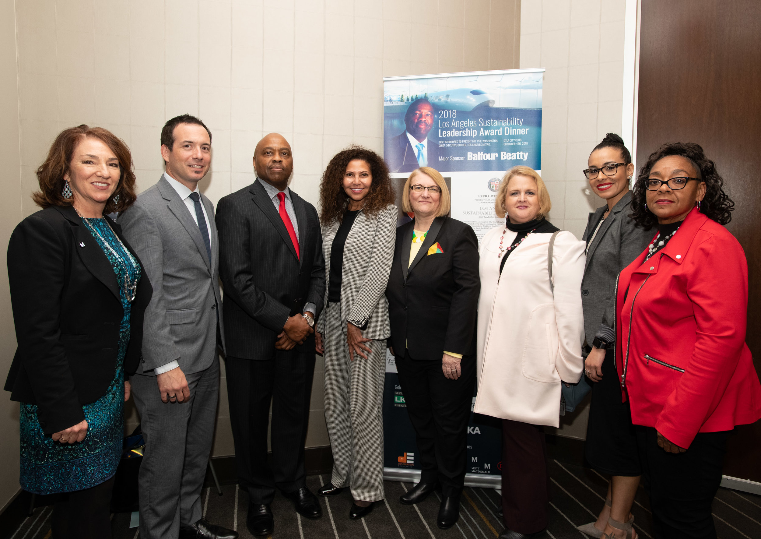 Pic 4 L-R Pauletta Tonilas (Metro Chief Communication Officer), Dave Perry (Transportation Deputy, Supervisor Kathryn Barber), Phil Washington (Metro Chief Executive Officer, 2018 Sustainability Leadership Award) Joni Goheen (Metro Deputy Executive Officer Public Relations) and other Metro personnel
