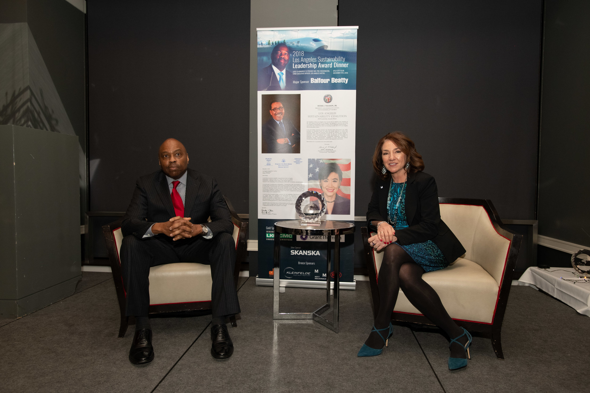 Pic 5Phil Washington (Metro Chief Executive Officer, 2018 Sustainability Leadership Award),Pauletta Tonilas (Metro Chief Communication Officer) discussing the future of Metro and Measure M