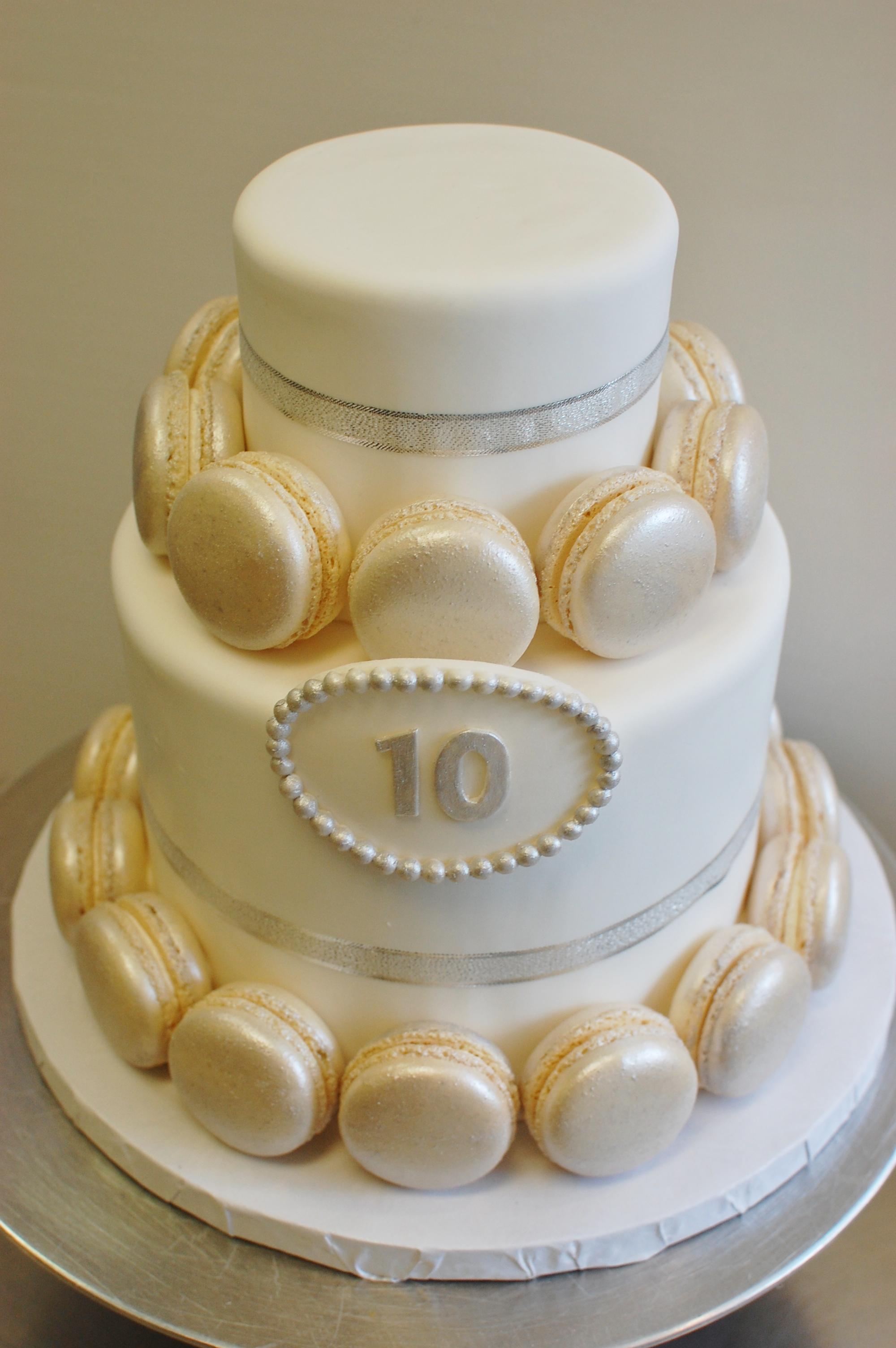 Macaron Anniversary Cake 10-04-14.jpg