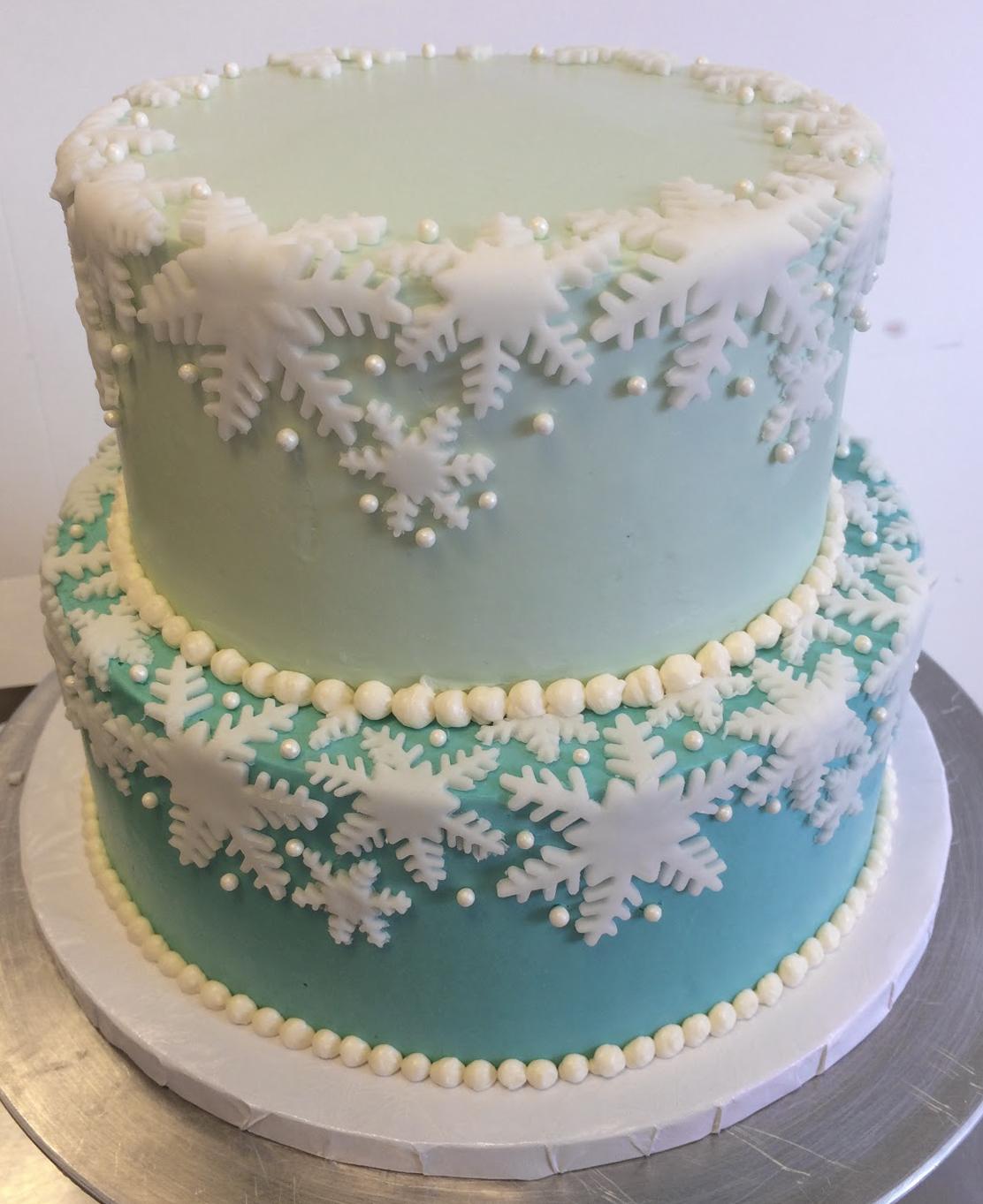 2-tier blue snoflake cake.jpg