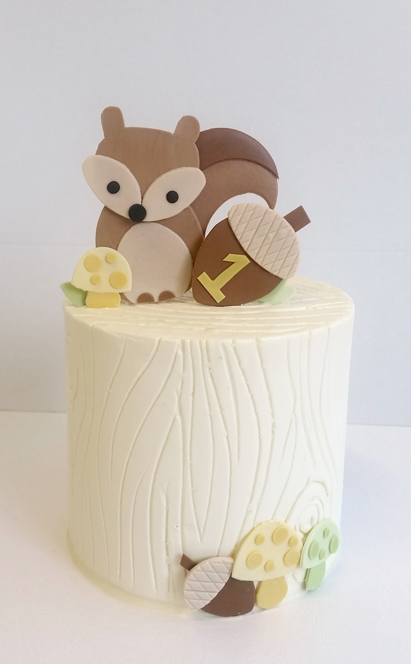 buttercream woodgrain animals single.jpg