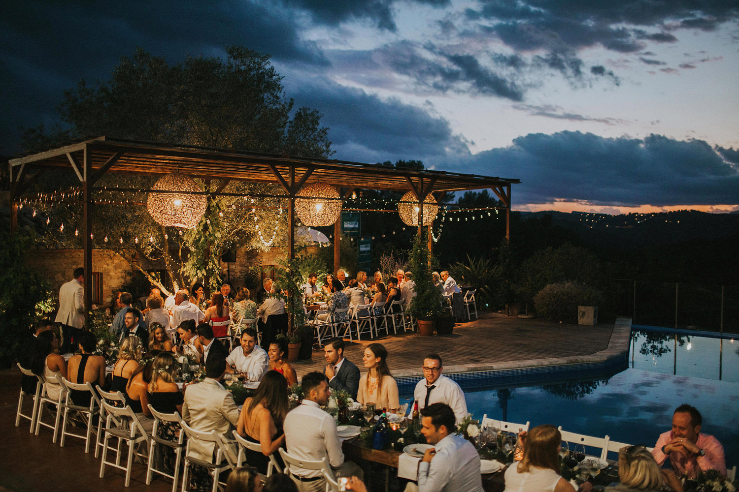 outdoor spanish wedding dinner