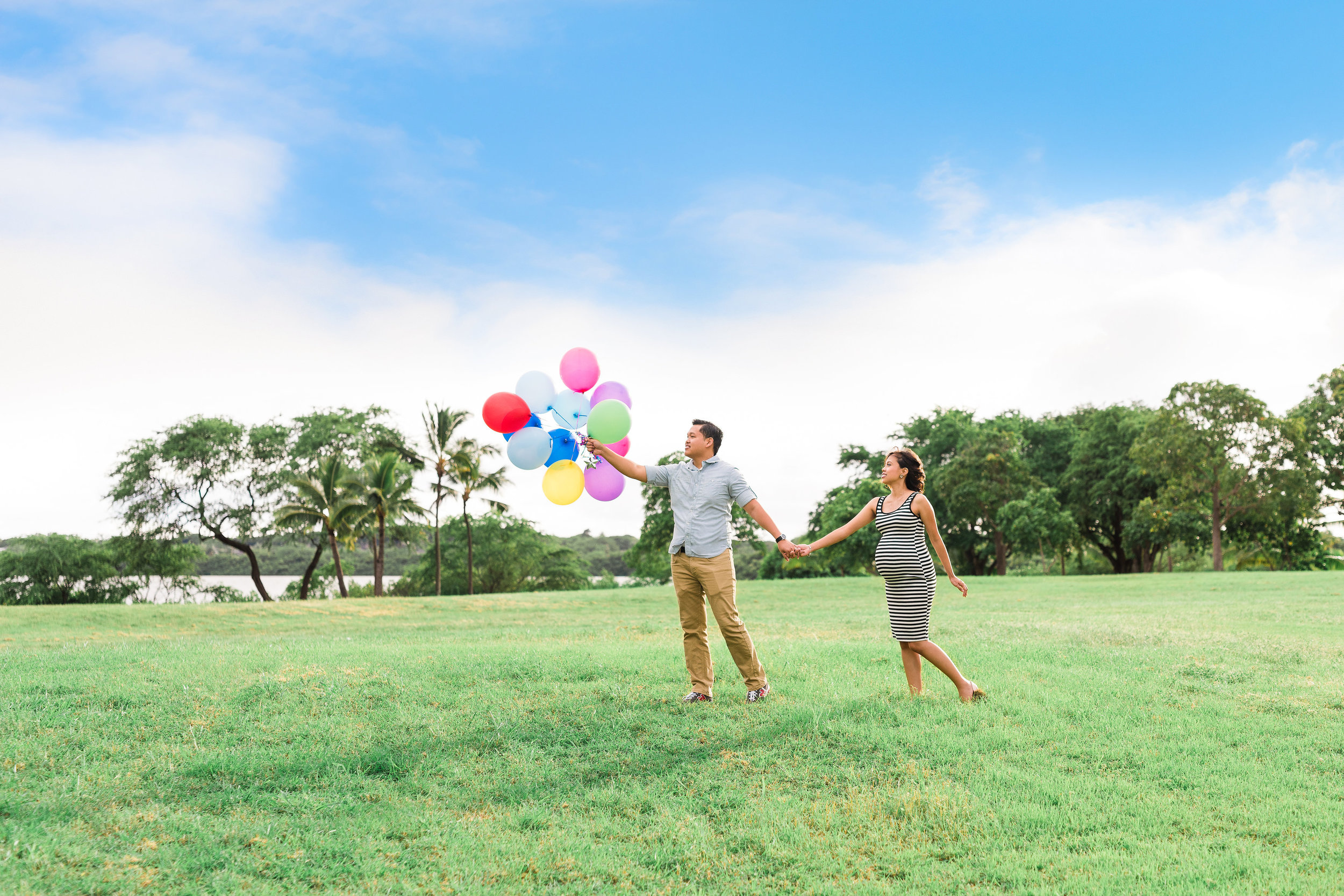 Oahu Maternity and Newborn Photographer
