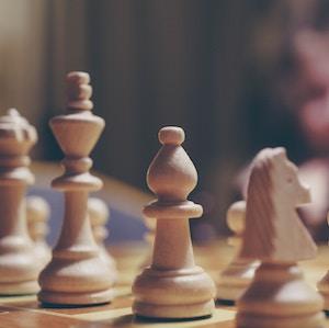chess-pieces-Michał-Parzuchowski-unsplash.jpg