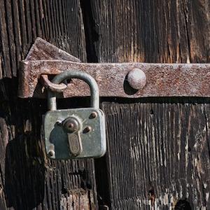 rusty-padlock1-antranias-pixabay.jpg