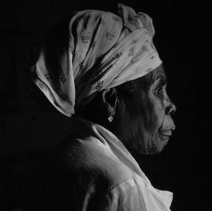 profile-older-woman-nathaniel-tetteh-unsplash.jpg