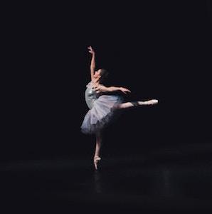 ballet-dancer-graceful-hudson-hintze-unsplash.jpg