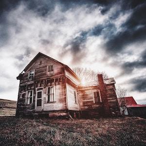 old-wooden-house-bryan-minear-unsplash.jpg