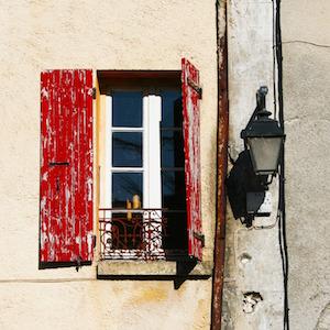window-shutters-jens-peter-pixabay.jpg
