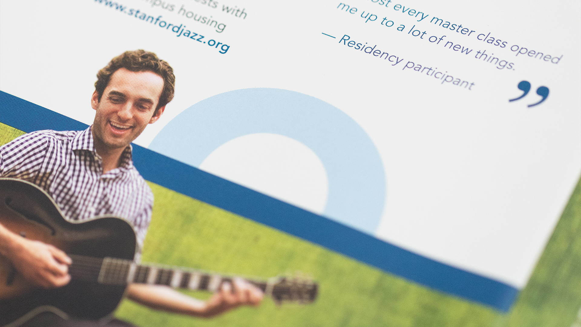 Print – Workshop Mailer – Panels Side (Bass Guitar Instructor Close-Up)