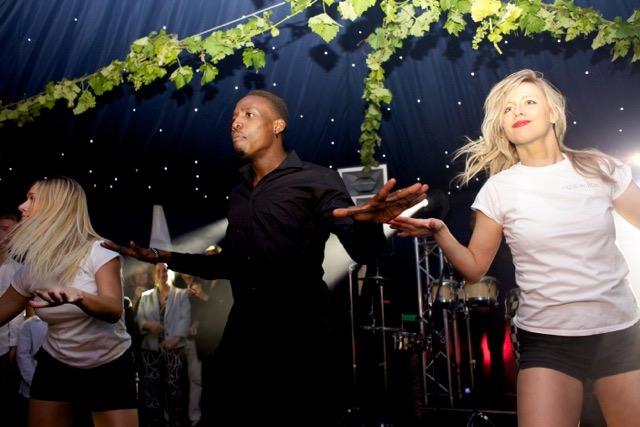 Dancing waiters bring the fun!