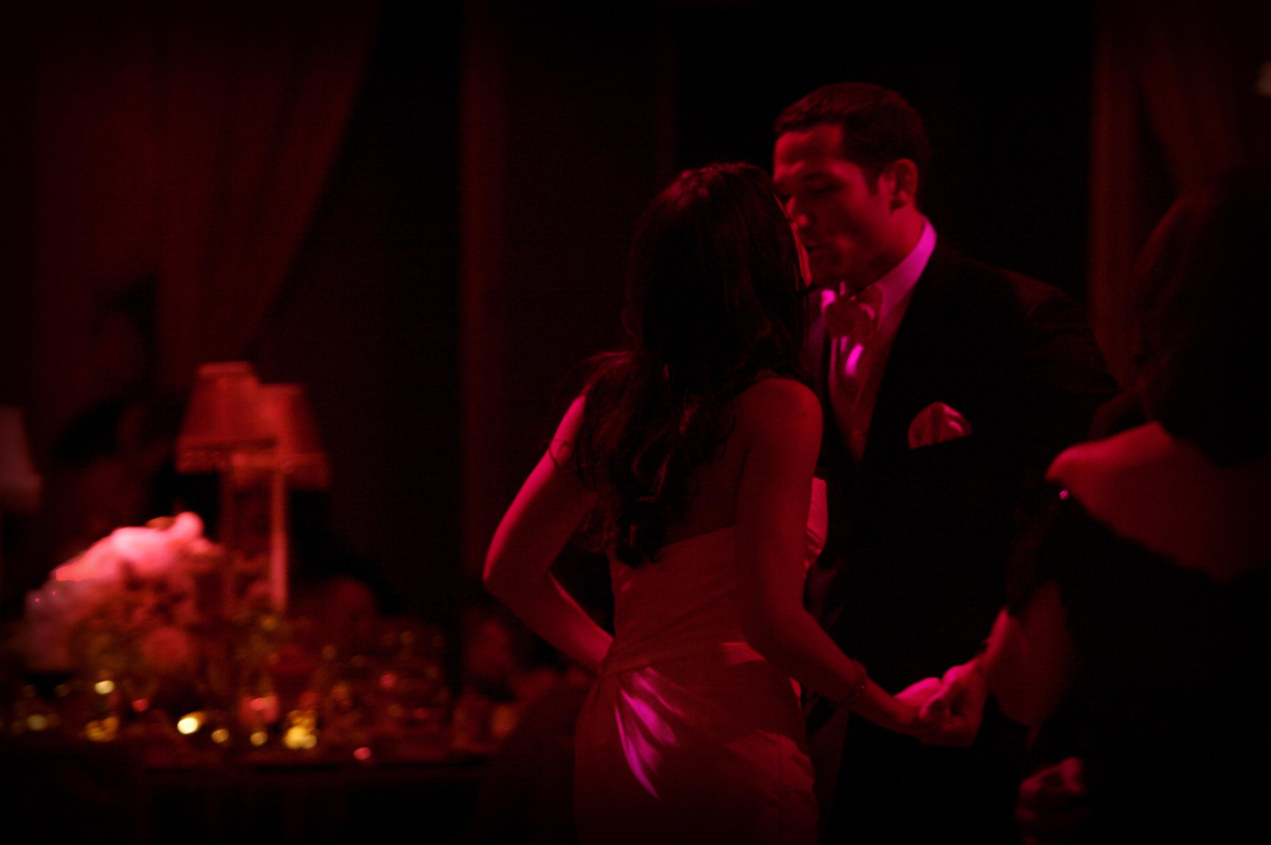 LAST DANCE KISS