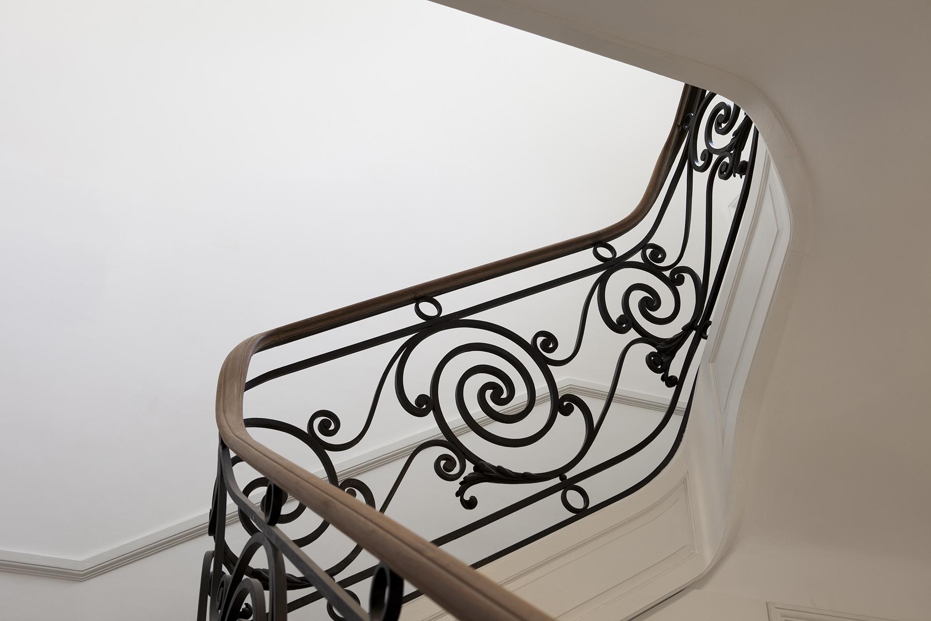 Casa_Cavia_staircase_01.JPG