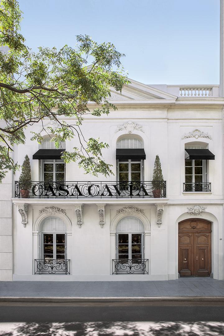 Casa_Cavia_facade_02.jpg