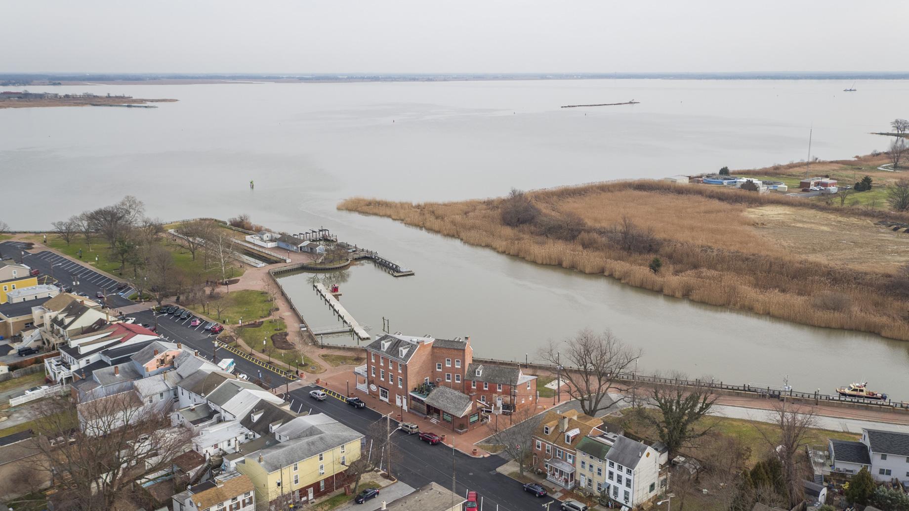 206 Jefferson St - Delaware City, Delaware