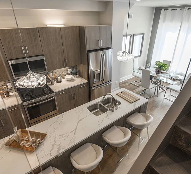 Looking through the glass at this beautiful #kitchen. . . . #realestate #realtor #realtorlife #realestatephotography #realestateinvesting #philly #philadelphiarealestate #phillyrealestate #homedecor #homesweethome #interiordesign #instahome #kitchendesign #njrealtor #njrealestate #kitchendecor #kitchenisland