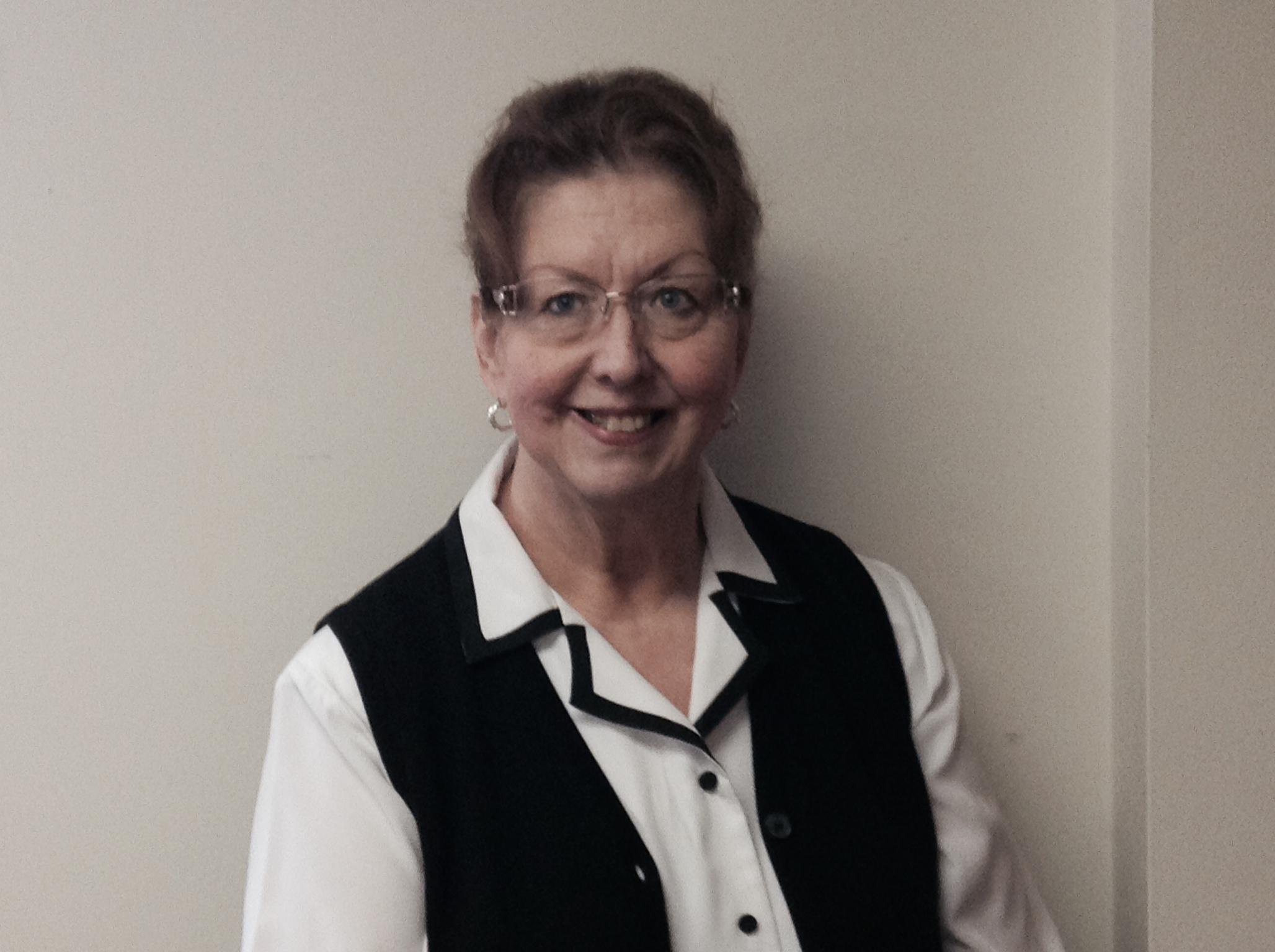 Joyce Muniz<br>Pastoral Assistant