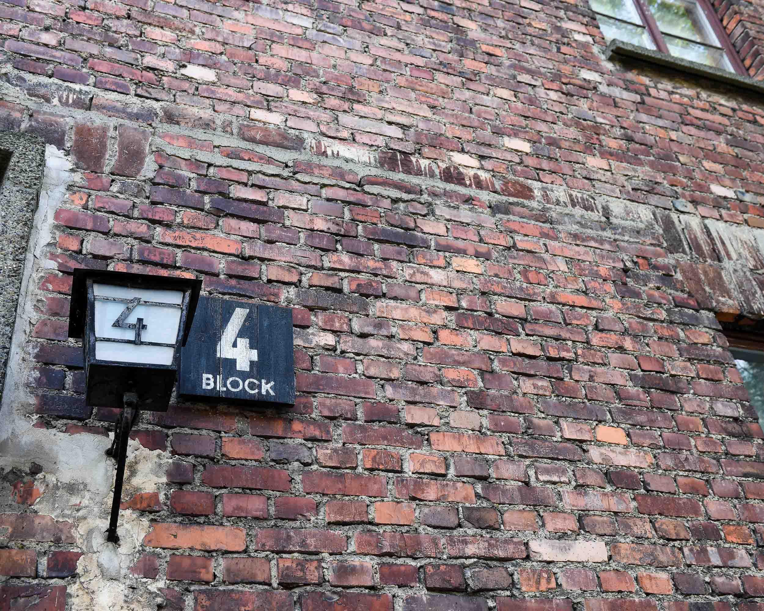 4 Block