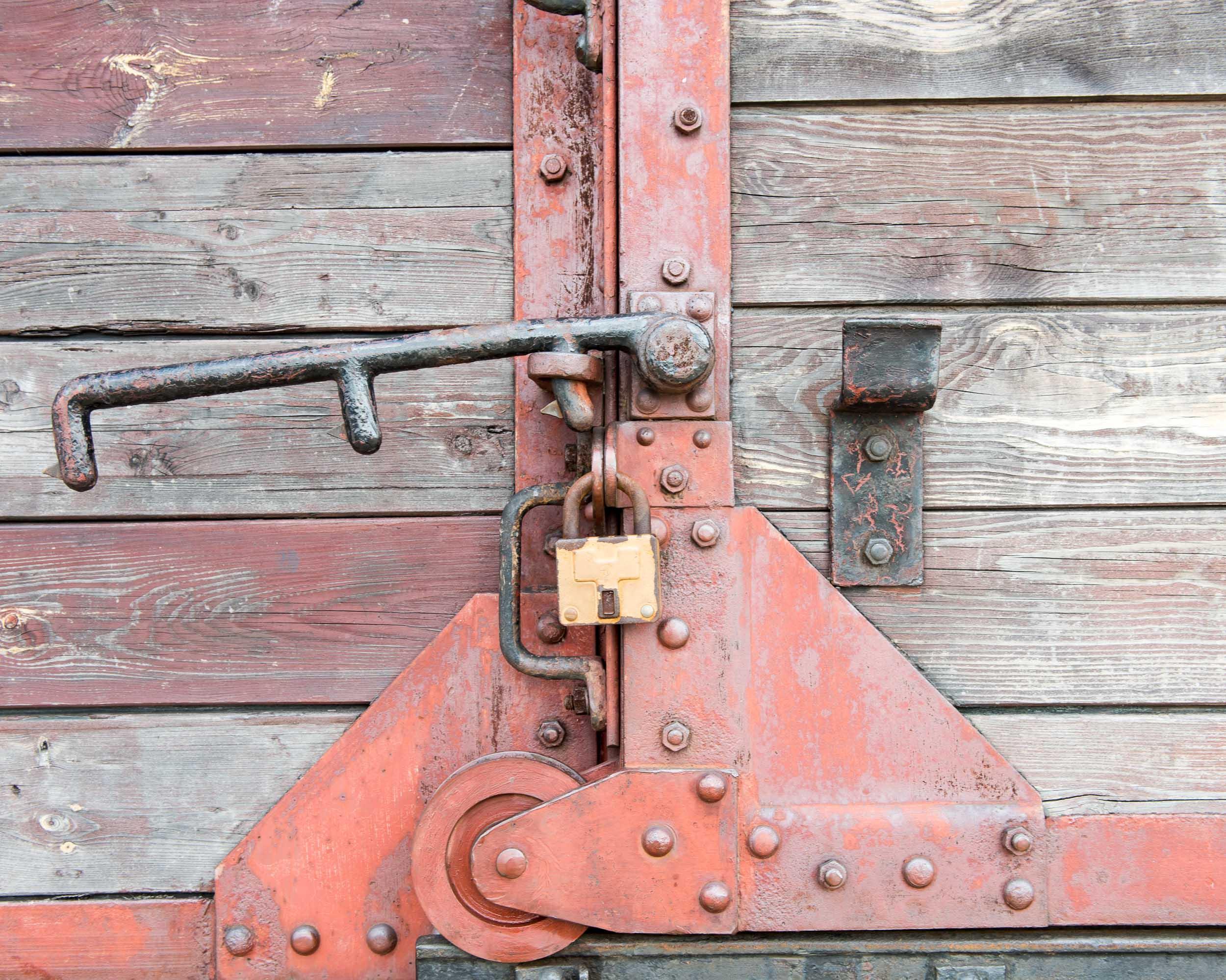 Train Carriage Lock