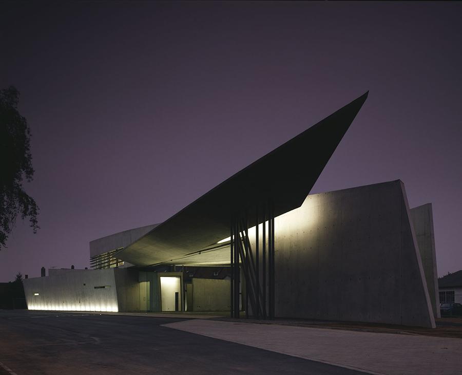 VITRA FIRE STATION, GERMANY (1993)