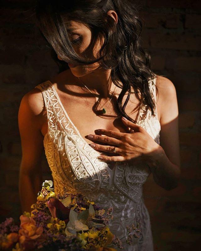Uma sequência de delicadeza e felicidade genuína no seu feed! 😍🤘 - - #casededia #pelodireitodesepresentear #casamentorustico#casamentofloreursinho⠀⠀⠀ ⠀⠀⠀⠀⠀⠀⠀⠀⠀ #bestwedding⠀⠀⠀⠀⠀⠀⠀⠀⠀ #instabride⠀⠀⠀⠀⠀⠀⠀⠀⠀ #eudissesim⠀⠀⠀⠀⠀⠀⠀⠀⠀ #digasimassessoria⠀⠀⠀⠀⠀⠀ #sayido⠀⠀⠀⠀⠀⠀⠀⠀⠀ #casar⠀⠀⠀⠀⠀⠀⠀⠀⠀ #voucasar⠀⠀⠀⠀⠀⠀⠀⠀⠀ #portrait⠀⠀⠀⠀⠀⠀⠀⠀⠀ #brideportrait⠀⠀⠀⠀⠀⠀⠀⠀⠀ #fotografiadecasamento⠀⠀ #casamentolindo⠀⠀⠀⠀ #bestwedding⠀⠀⠀⠀⠀⠀⠀⠀⠀ #noivos⠀⠀⠀⠀⠀⠀⠀⠀⠀ #noivado⠀⠀⠀⠀⠀⠀⠀⠀⠀ #fotografosdecasamento #documentarywedding #casamentonocampo #noivas2019 #voucasar