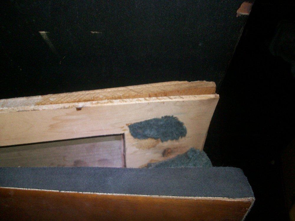 Closeup of the delamination