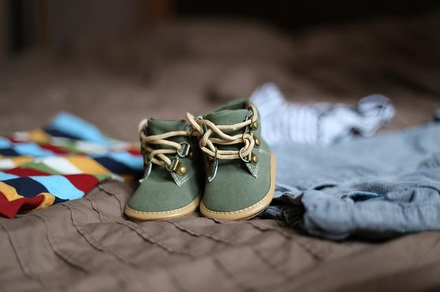 shoes-505471_640.jpg