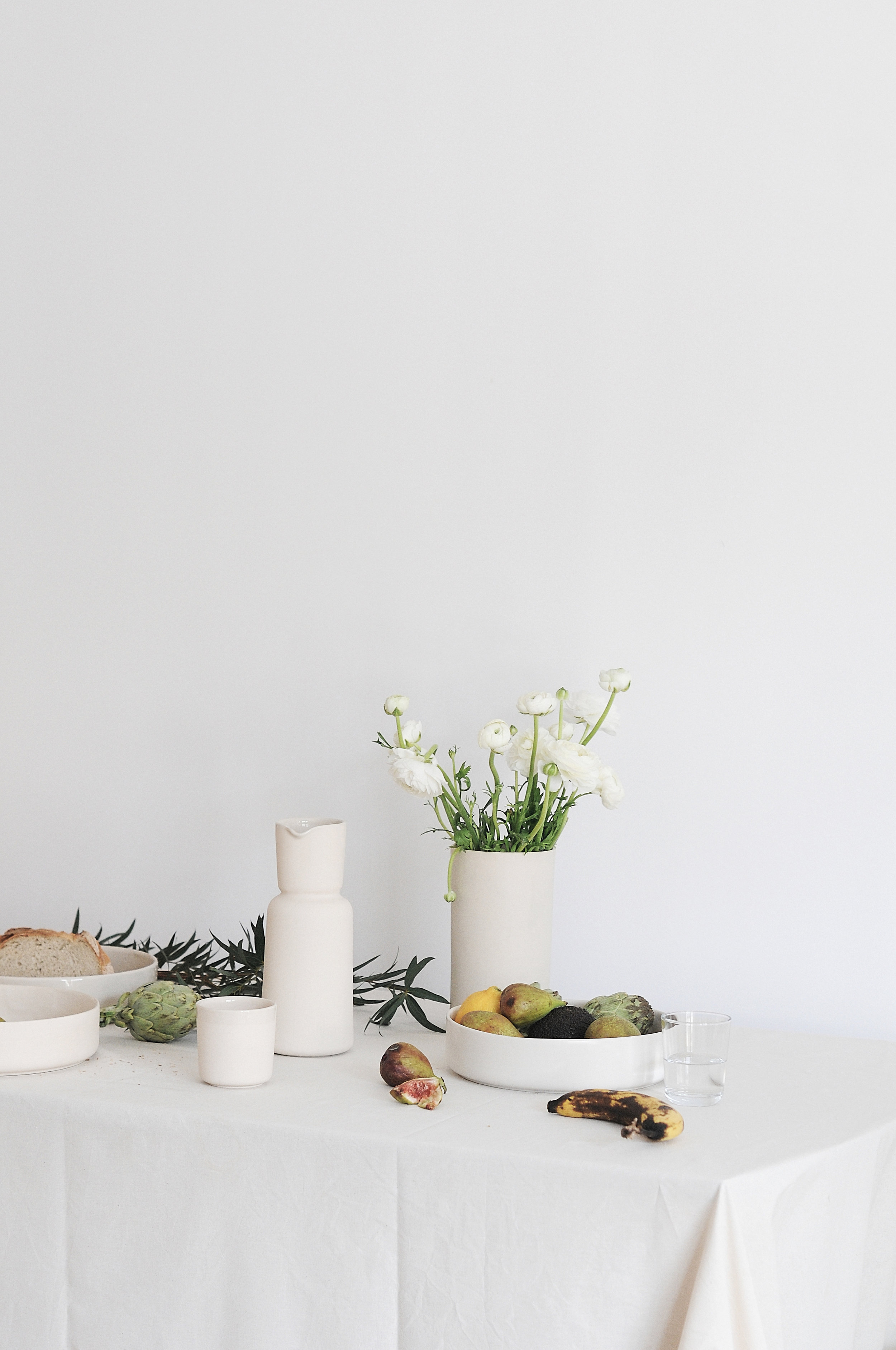 22-canvas-stoneware-collection-mleko-living.jpg