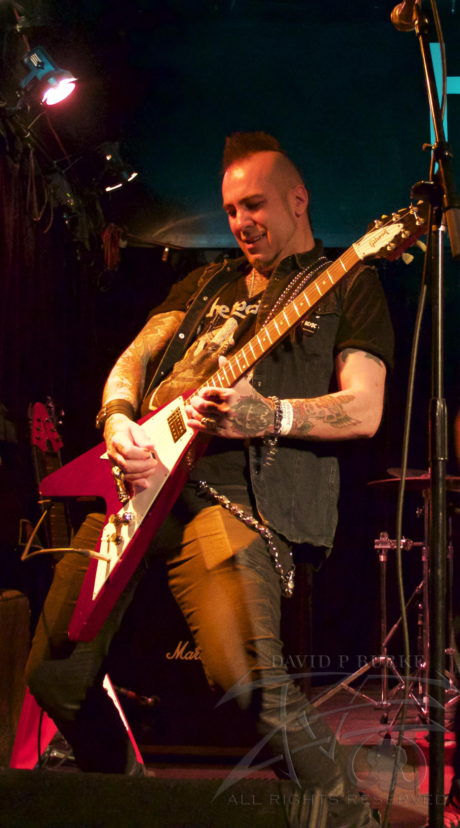 Lotus Gait guitarist Fox  photo :David Burke
