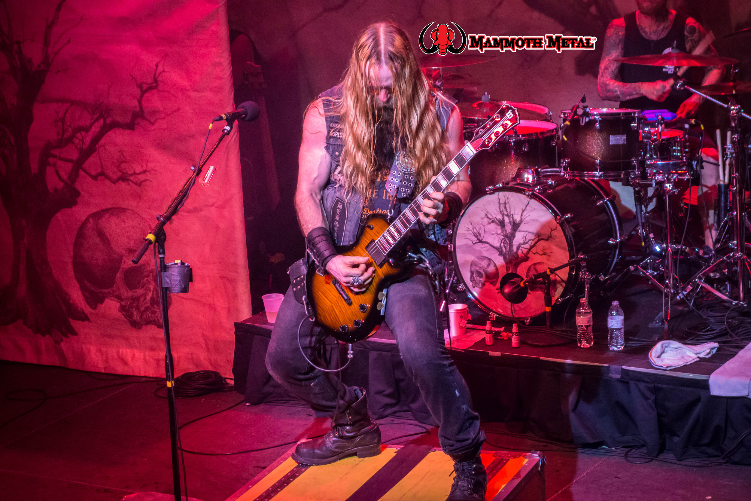 Zakk Wylde and his Doom Crew came for one thing and that was to kick our asses. Not only did he do that but showed us that BLS is stronger than ever as i cannot wait to see what else he and his special group of musicians bring to the realm.  See you at OZZ/Knot fest 2016! \m/  Zakk Wylde playing his  Wylde Audio Molasses ODIN Death Claw fiddle that he gives to a lucky fan after the show.  photo:David Burke