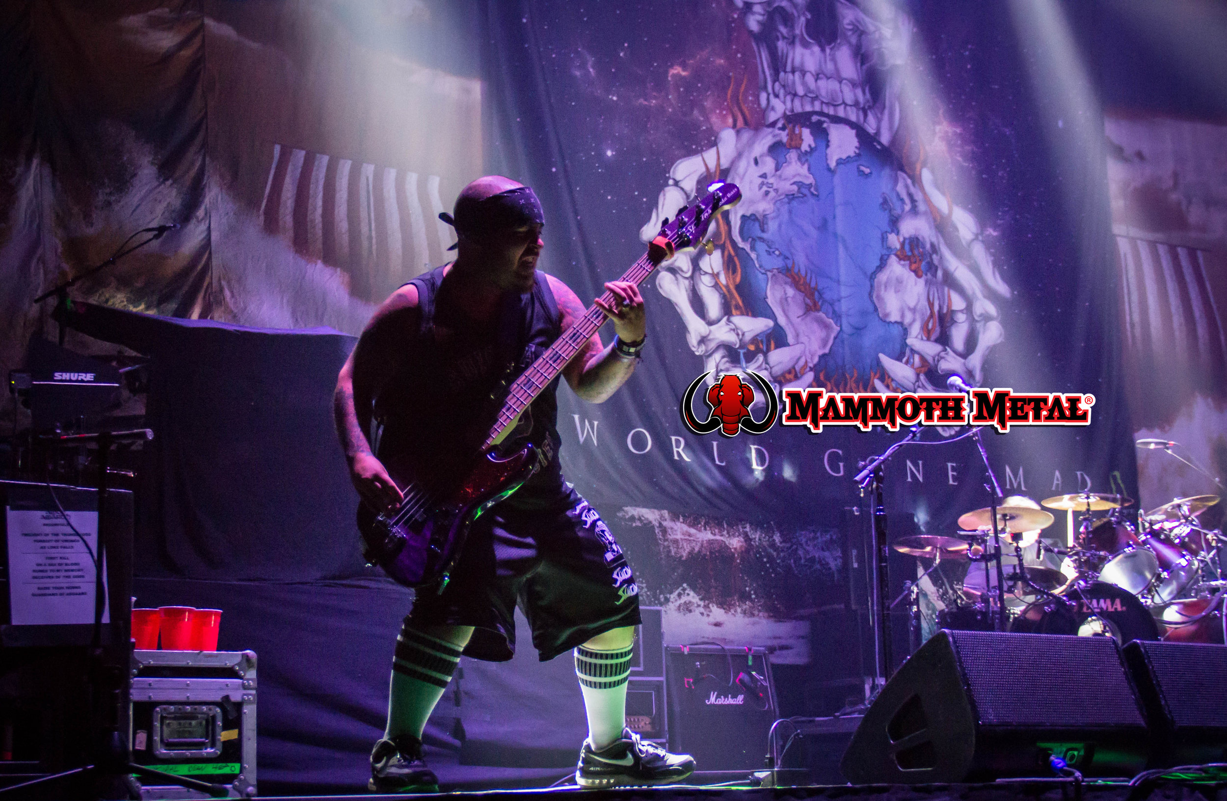 Suicidal Tendencies bassist  Ra Díaz kung-fu kicking all over the stage!    photo: David Burke